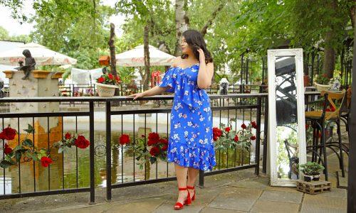 В съчетание с обувките Валентина и Ванина избраха феерична рокля в латино стил, която да подчертава извивките и да носи усещане за женственост.