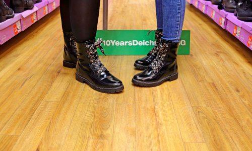 Модното им приключение се пренесе в магазина на Deichmann, където двете момичета се потопиха в света на обувките!