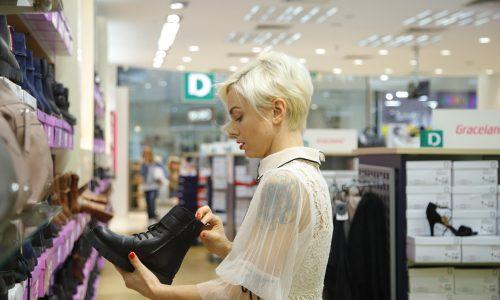 Посещението в магазина на Deichmann и голямото разноообразие от обувки и стилове направиха избора доста труден!